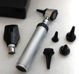 Professional OPHTHALMOSCOPE Otoscope Diagnostic Set + Zippered Leatherette Case.